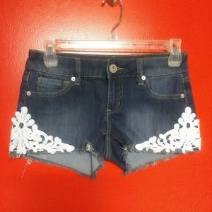 Guess? Jeans Cut Off Shorts Crochet Floral Pattern